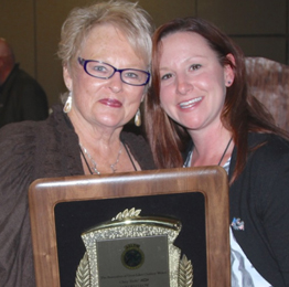 2015 Golden Glow Individual Award Berdette Zastrow